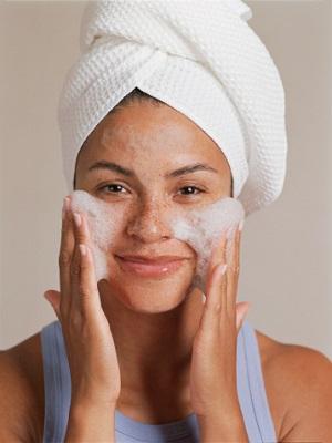savon naturel visage acné