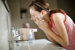 Savon saponifié à froid acné